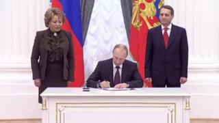 Vladímir Putin firma ley sobre adhesión de Crimea y Sebastopol a Rusia