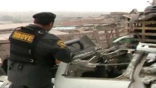 VES: restaurante escondía 'cementerio' de vehículos desmantelados