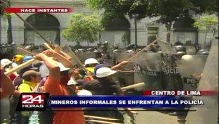 Centro de Lima: mineros informales se enfrentan a la Policía Nacional
