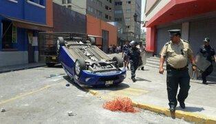 Mineros informales causaron destrozos en el Centro de Lima