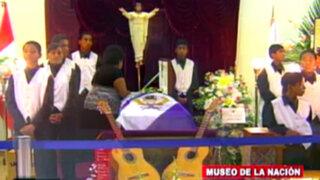 Son velados los restos de Pepe Vásquez en el Museo de la Nación