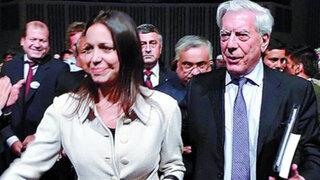 Mario Vargas Llosa condenó la falta de apoyo del Gobierno a Corina Machado