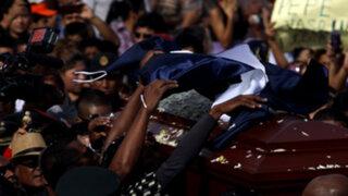 Al ritmo del Jipi Jay fueron enterrados los restos de Pepe Vásquez en El Agustino