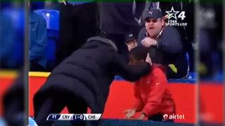 VIDEO: ¿José Mourinho le llamó la atención a  un niño recogebolas?