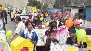 Escolares toman la Carretera Central para concientizar sobre seguridad vial