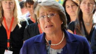 Michelle Bachelet confirma que embajador chileno no regresa a Lima
