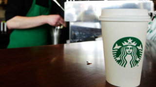 """EEUU: Starbucks se disculpó con profesora que quedó """"aterrorizada"""" en su local"""