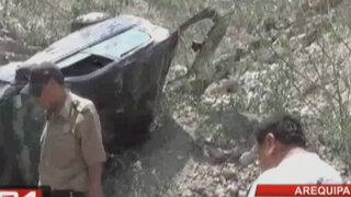 Arequipa: joven murió tras despiste y caída de vehículo a abismo de 40 metros