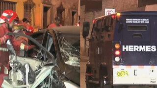 Colombiana habría causado choque con camión blindado en el Centro de Lima