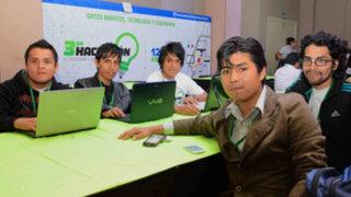 Premian a los tres ganadores de la III Hackatón de la Cultura y la Educación