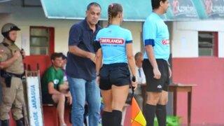 Escándalo en Brasil: entrenador de fútbol habría agredido a jueza de línea