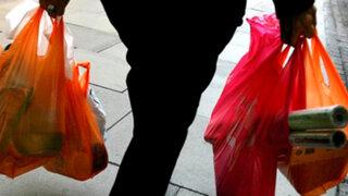 Según Aspec, el cobro de bolsas plásticas debería ser gradual
