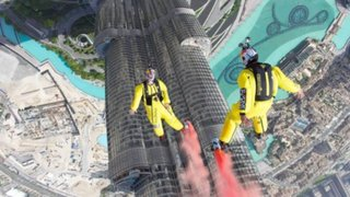 Franceses lograron récord mundial tras saltar del edificio más alto del mundo