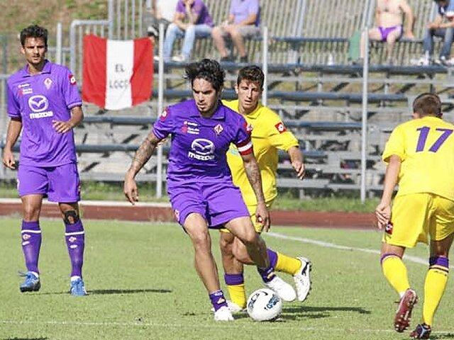 Con Juan Vargas como capitán, Fiorentina venció 3-0 al Bologna
