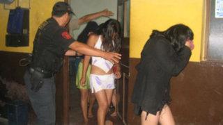 Huachipa: intervienen a 14 mujeres en local que funcionaba como prostíbulo