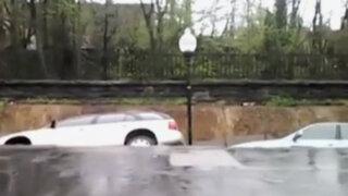 VIDEO: la tierra 'se traga' literalmente más de 12 autos en EEUU