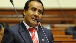 Gana Perú suspendió a congresista Agustín Molina por 'empleado fantasma'