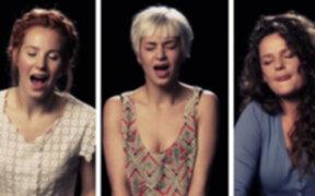 Holanda: mujeres cantan mientras tienen un orgasmo