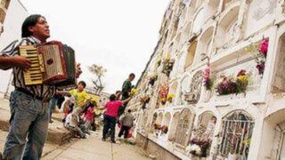 Cementerios El Ángel y Presbítero Maestro reabrieron sus puertas