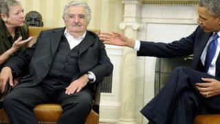 Presidente Mujica pide a Obama prestar atención a disputa con tabacalera