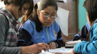 Colegios estatales incluirán más horas de estudio y talleres
