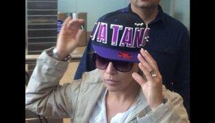 Olga Tañón llegó a Lima y fue recibida por fanáticos en el Aeropuerto