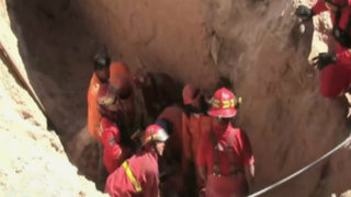 Arequipa: Obreros casi fueron enterrados vivos por derrumbe en una zanja