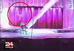 VIDEO: acróbata falleció tras caer desde un trapecio de 10 metros de altura