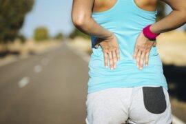 Lorena y Nicolasa: ejercicios diarios que debes realizar si sufres escoliosis