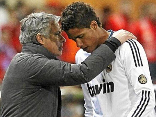 Mourinho pide al Chelsea que fiche a Raphaël Varane
