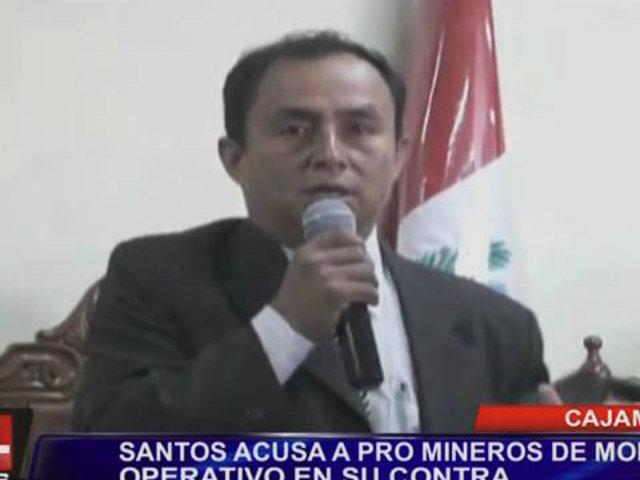 Gregorio Santos acusó a pro mineros de montar operativo en su contra