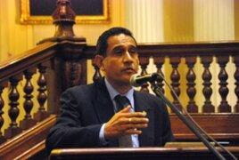 Congresista Guevara: Humala vive en una burbuja al decir que Gabinete está sólido