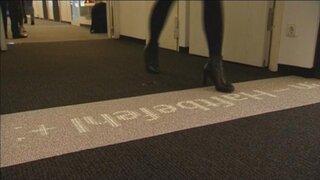 Conoce la alfombra inteligente que revolucionará los hoteles y aeropuertos