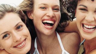 Investigadores recomiendan sonreír para mejorar memoria y reducir efectos del estrés