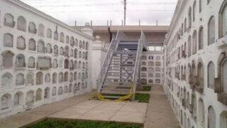 Polémica por escalera del Metro de Lima que ingresa a cementerio