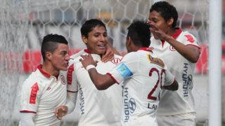 Universitario vapuleó 3 a 0 al Sport Huancayo en el Estadio Monumental