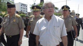 Ministro Albán: Mujeres deben defenderse con lo que tengan a la mano