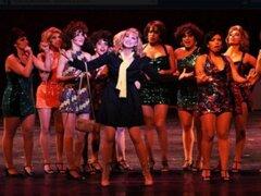 Lorena y Nicolasa: Denisse Dibós y Paul Martin promocionan obra 'Sweet Charity'