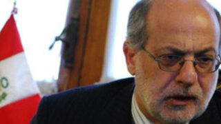Daniel Abugattás denunciará a mineros ilegales por intento de extorsión