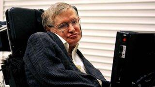 Stephen Hawking alerta que robots representan seria amenaza para la humanidad