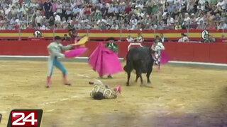 Impactantes imágenes: torero fue embestido en plena faena en España