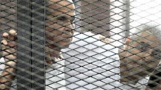 Egipto: condenan a prisión a tres periodistas de la cadena Al Jazeera