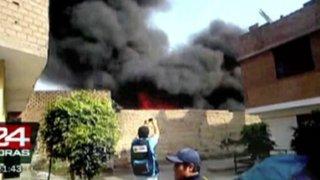 Hombre muere calcinado al explotar tanque cisterna en Ate