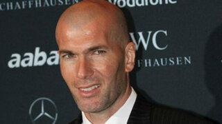 VIDEO: Zidane terminó con el pantalón roto por triunfo del Real Madrid