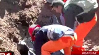 VIDEO: Obrero muere aplastado por toneladas de tierra en Abancay