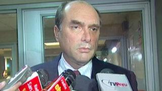Comerciante acusa a ex canciller Tuleda por irregular desalojo en Miraflores