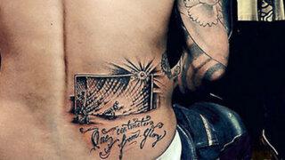 Mauricio Pinilla se tatuó la imagen de su remate fallido ante Brasil