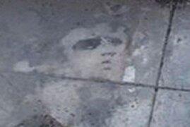 Silueta de Elvis Presley aparece dibujada en vivienda de Inglaterra