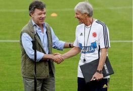 Presidente Santos pide continuidad de Pékerman en la selección de Colombia