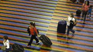 Venezuela: Aeropuerto de Caracas cobra a viajeros impuesto por respirar
